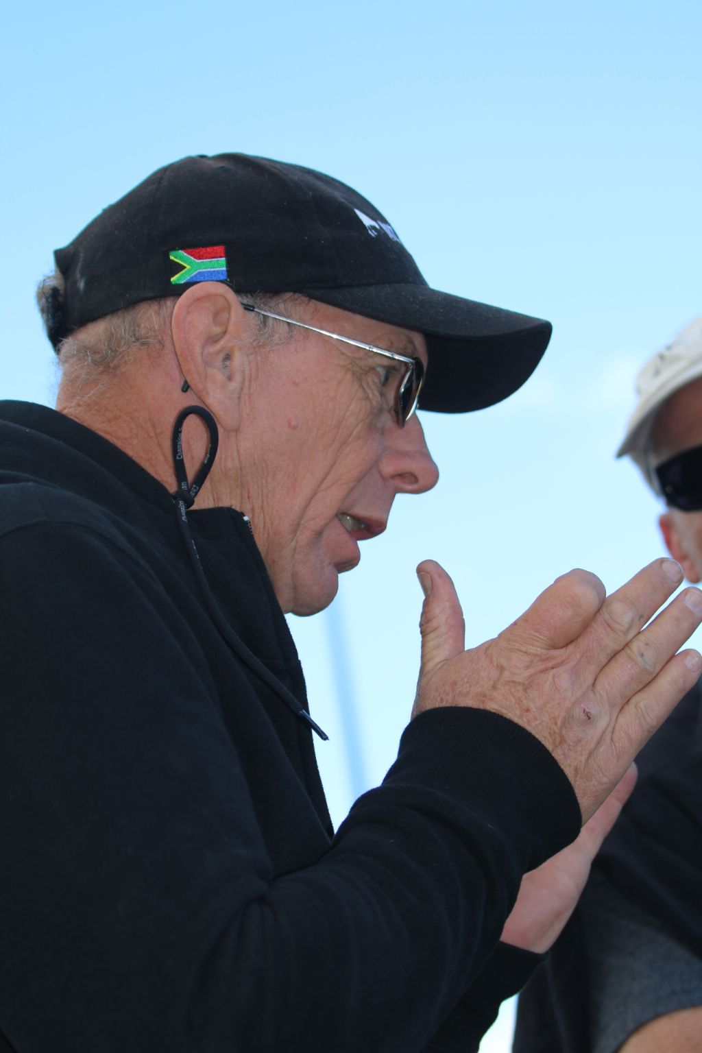 Gervase Explaining a Point @Cycle for Life